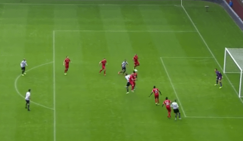 Newcastle SECOND GOAL poor marking